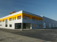 nový areál společnosti nedaleko Hněvotína