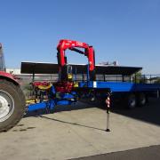HNJ Fassi F135AC na traktorovém valníku