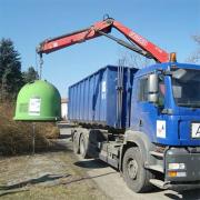 Manipulace s kontejnery na separvovaný komunální odpad