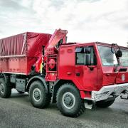Tatra 815–7 8×8 s hydraulickým jeřábem FASSI